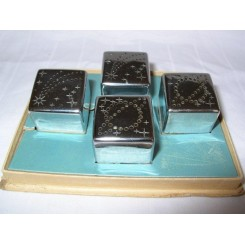 Boxed set of 1939 Chicago World Fair Salts