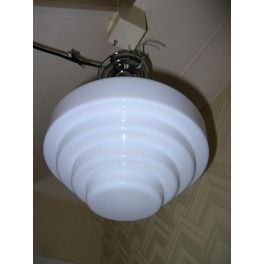 White stepped glass English fixture
