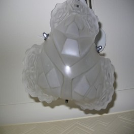 Excellent bell shaped clear and frosted degue ceiling shade geometric and stylised flower design