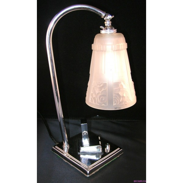 Table lamp with perpetual calendar and tulip type shade Types of table lamps