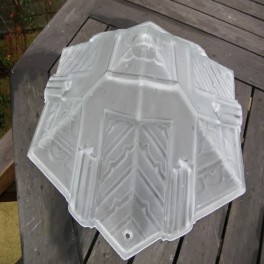 Unusual french hexagonal pyramid type plafonnier with geometric design