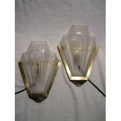 Beautiful pair of V shaped glass wall lights by Gilles