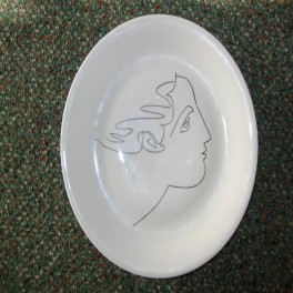 Limoge picasso face plate complete with original box circa 1959