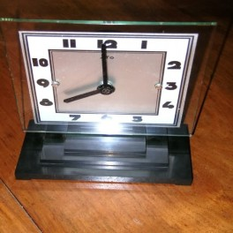 French modernist bakelite and glass battery clock by ato circa 1927