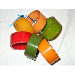Set of 6 coloured Bakelite napkin rings