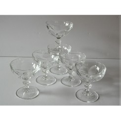 Set Of 6 Continental Art Deco Champagne coupes