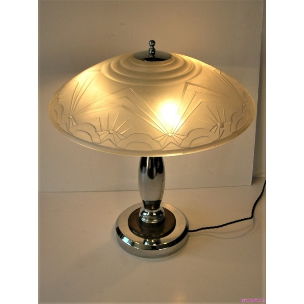 Heavy Art Deco Table Lamp With Frosted Glass Geometric