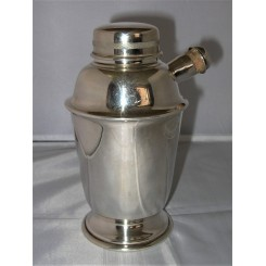 Art Deco EPNS Plato Cocktail Shaker with pourer