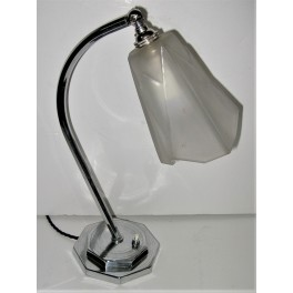 Good All Original Deco Chrome Table Lamp With Degue Tulip Shade