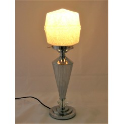 Art Deco chrome taper shafted table lamp with geometric Clichy glass shade