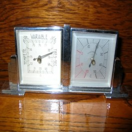Chrome weather station with barometer and hygrometer